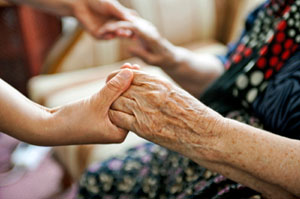 Key Long-Term-Care Insurer To Raise Women's Premiums